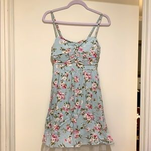 Blue pink floral dress with pearl buttons